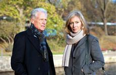 © ZDF / Dirk Bartling - Patricia (K. Weitzenböck) sucht Rat bei Ihrem Vater (R. Atzorn)