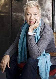 "Doris Dörrie im Interview zu ""ALLES INKLUSIVE"" & Filmclip"