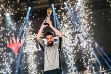 Magic: The Gathering Spieler gewinnen Preispool von insgesamt 750.000 USD beim Mythic Championship III