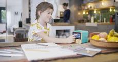 Die tigerbox TOUCH: Größtes Hörvergnügen für Kinder, maximale Entspannung für Eltern
