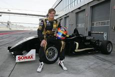 Formel-3-Rennfahrer Marvin Kirchhöfer startet in Auto Club Revolution durch