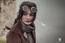 Meet Effie, Engineer in 'The Last Autumn' and Frostpunk's First Official Cosplay