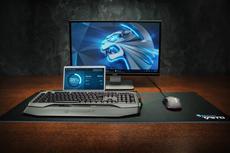 Jetzt neu, das ROCCAT Skeltr RGB Smart Communication Gaming Keyboard